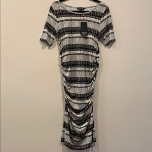 Isabella Oliver printed maternity dress